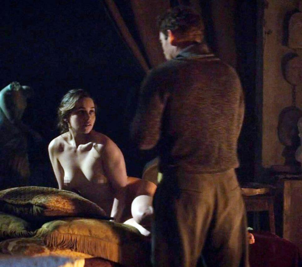 Emilia Clarke Protagoniza Desnudos Y Escenas De Sexo En Su Nueva