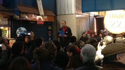 Eduardo Parra lanzó poemario en la Vega Chica