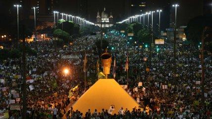 ¿Por qué crecen cada vez más las protestas en Brasil?