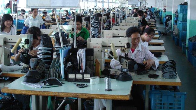 Greenpeace alerta de tóxicos en ropa infantil de 2 grandes fabricantes  chinos 668c7c9fe84d