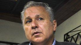 """Claude -que logró el 2,8 por ciento de los votos el 17 de noviembre- está de gira por Europa para """"mostrar la verdadera cara de Chile""""."""