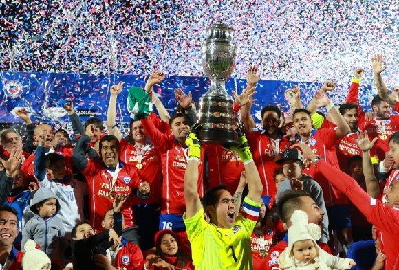 El plantel de la Selección de Chile recién ahora empezó a cobrar los premios de la Copa América