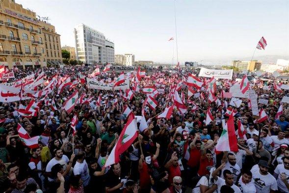 Resultado de imagen para protestas en el libano