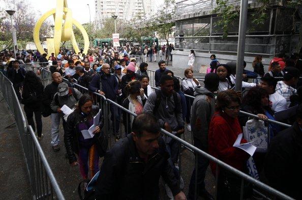 Fotos la nueva protesta de los funcionarios del registro for Horario oficina paro