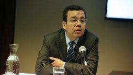 El ministro de Economía, Luis Felipe Céspedes, se refirió a la pugna que mantienen los taxistas con las aplicaciones Uber y Cabify.