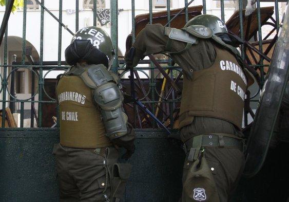 [Fotos] Los incidentes en el Internado Nacional Barros ...