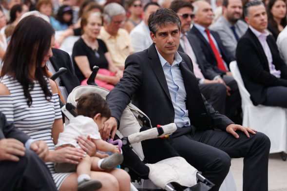 Baño Nuevo Coyhaique:Fotos] Presencia de Pablo Longueira sorprendió en asunción de José