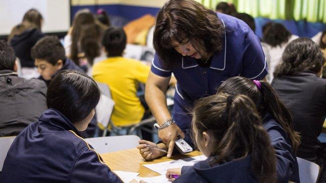 Abren convocatoria a concurso sobre tv y educaci n para for Concurso para profesores