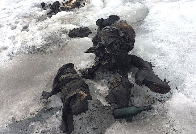 Encuentran en glaciar cuerpos de desaparecidos hace 75 años