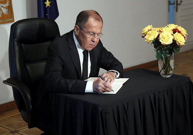 EEUU suspendió trámites de visados a no inmigrantes de Rusia