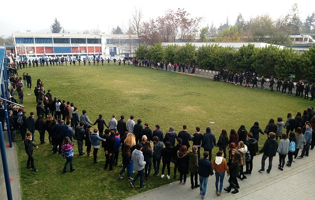 Sociólogo analiza el suicidio de un alumno del colegio Alianza Francesa