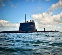 Gobierno argentino destituyó al jefe de la Armada por tragedia del submarino