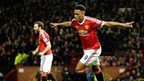 Anthony Martial le dio el triunfo a Manchester United ante Burnley