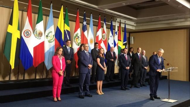 Resultado de imagen para 14 países de Grupo de Lima retiran a sus embajadores en Venezuela