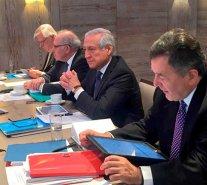 Canciller Muñoz encabeza reunión para afinar alegatos orales en La Haya