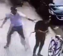 Habla mujer que fue brutalmente agredida mientras se subía a la bicicleta