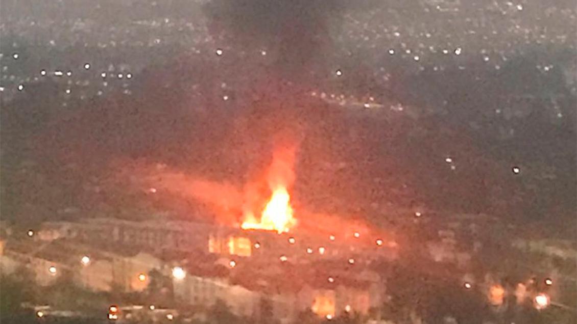 Incendio en Peñalolén consumió cuatro casas y dejó veintenar de personas damnificadas