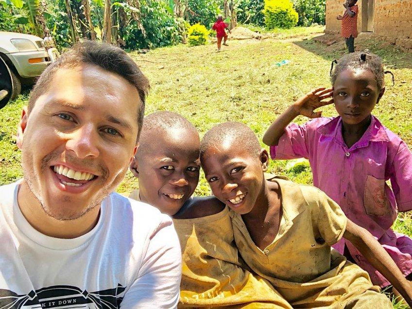 Karol Lucero respondió a los troleos por su viaje a África
