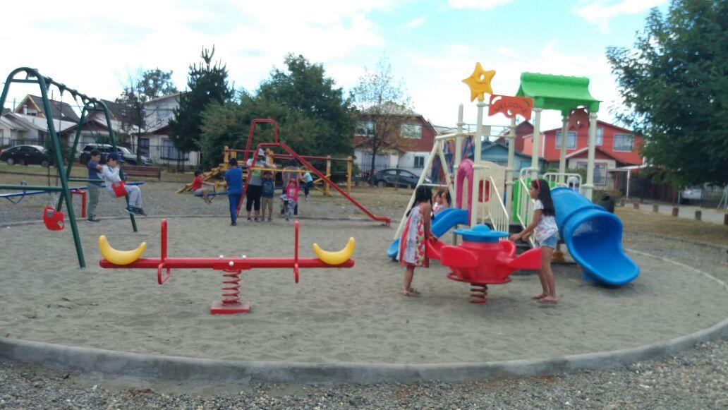Instalaran Juegos Infantiles Y Maquinas De Ejercicio En 13 Sectores