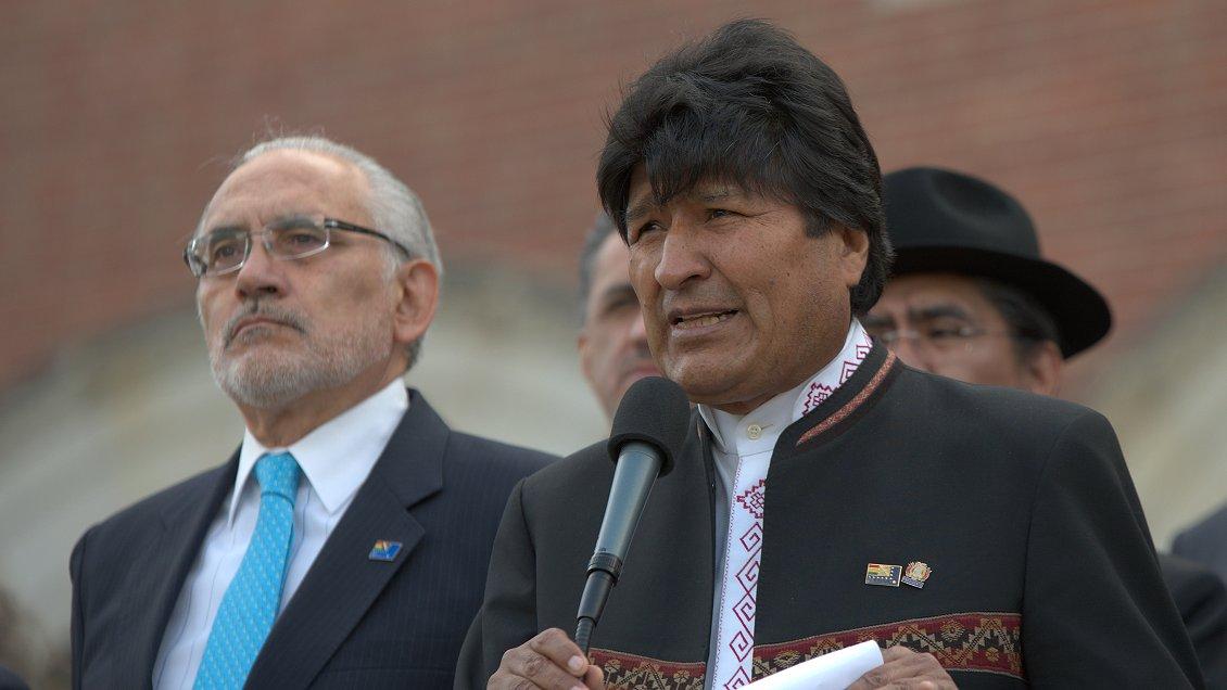 Carlos Mesa confirmó candidatura presidencial: