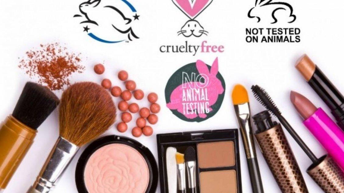 114433c65 [Audio] Maquillajes