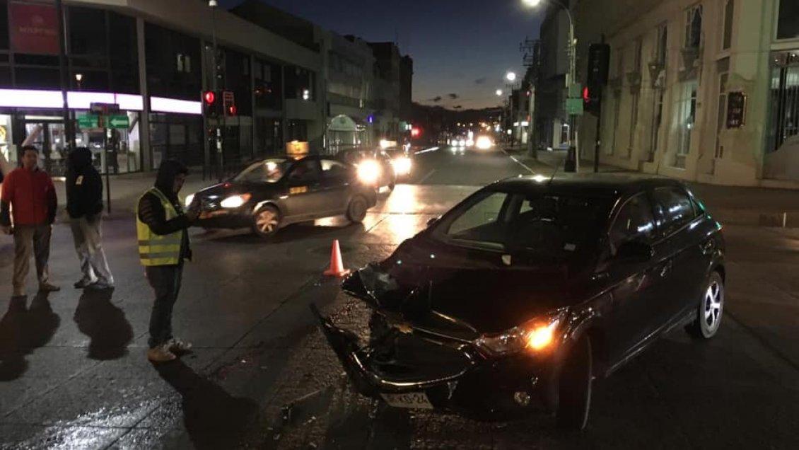 Carro de Bomberos protagonizó accidente de tránsito en Punta Arenas