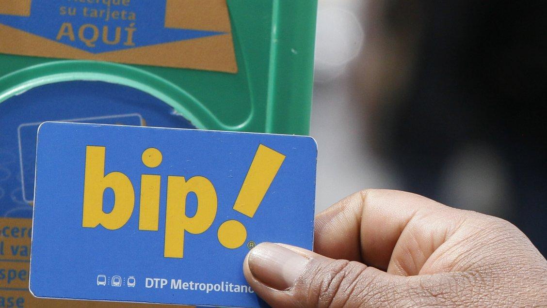 Modernización de tarjeta bip! incluirá pagos por celular y fin de validación de cargas web