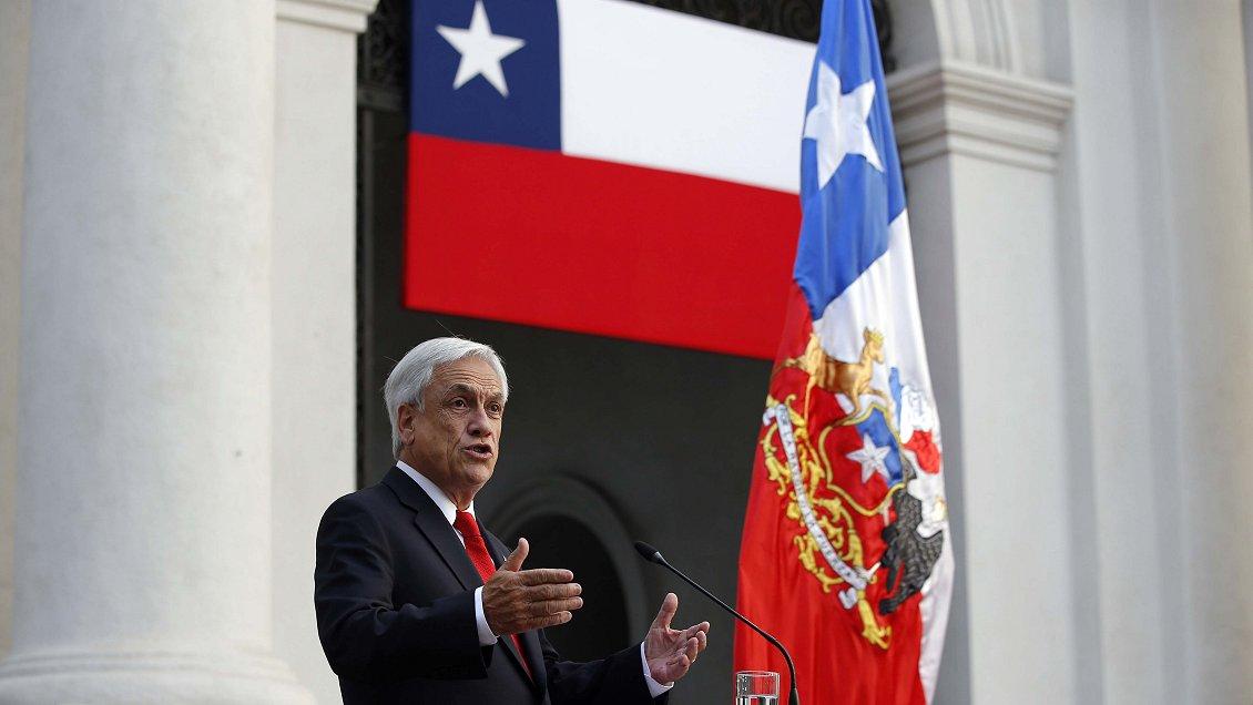 Cadem: Piñera inicia segundo año de Gobierno con 37% de aprobación