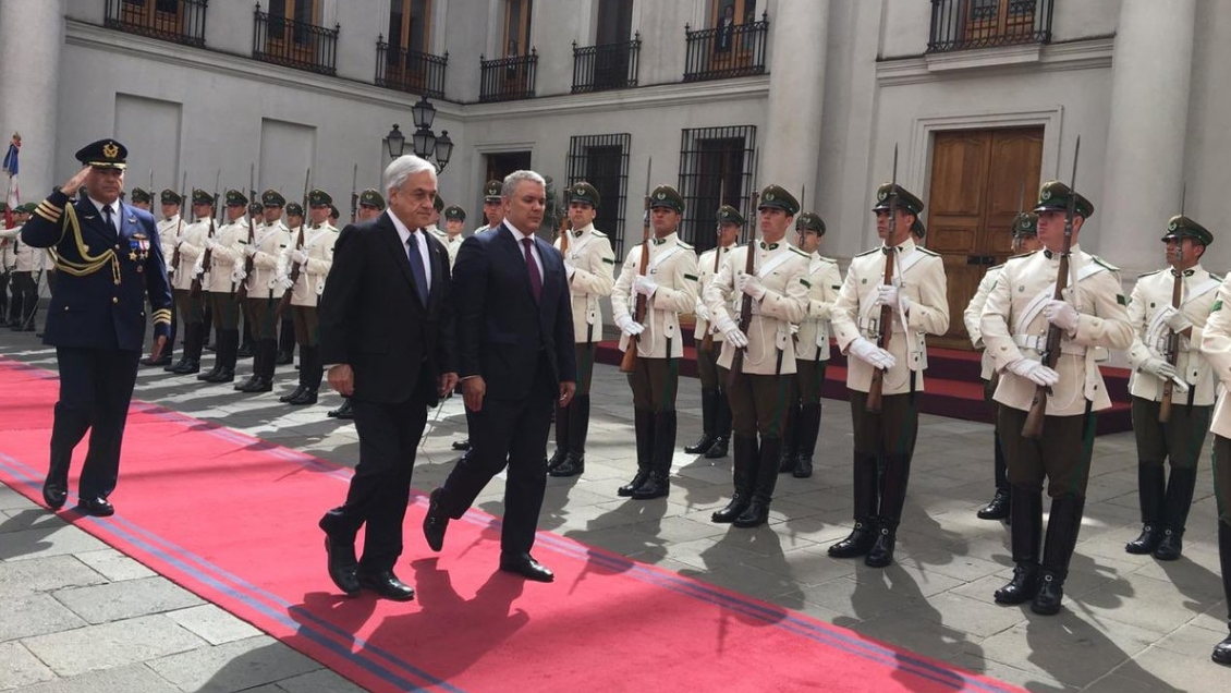 Presidente de Colombia se reúne con Piñera en La Moneda