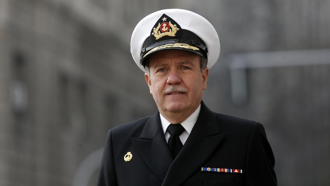 Armada se niega a entregar información sobre viajes del comandante en jefe