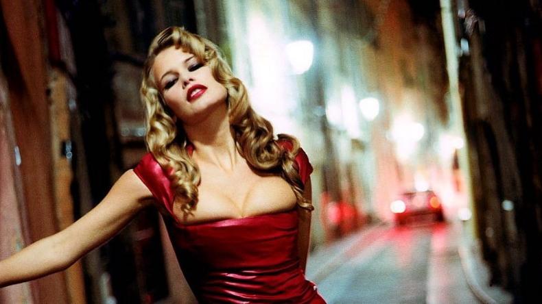 Fotos Claudia Schiffer Posó Desnuda A Los 48 Años Estoy Orgullosa