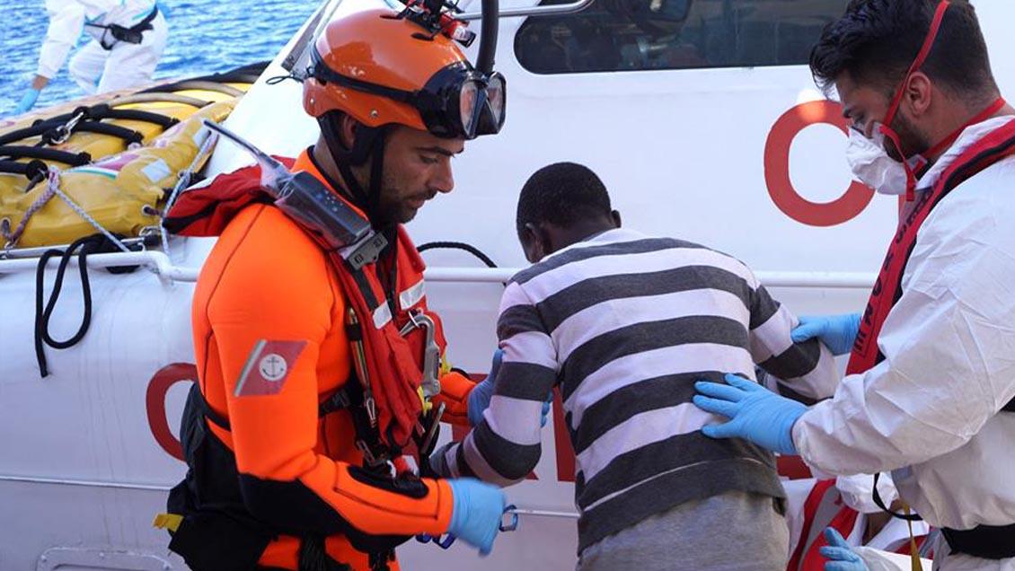 Italia desembarcó a 27 niños migrantes del Open Arms