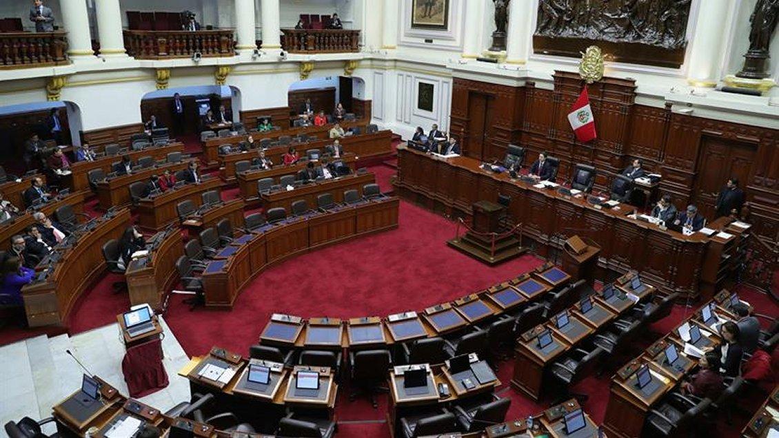 Congreso peruano rechazó adelantar las elecciones