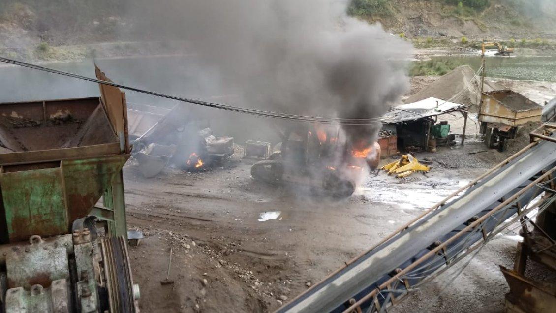 Encapuchados quemaron varias maquinarias en cantera del Biobío