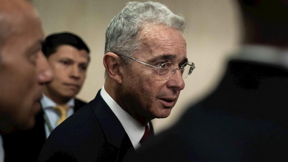 Corte Suprema de Colombia dio un paso para imputar a Álvaro Uribe por soborno de testigos