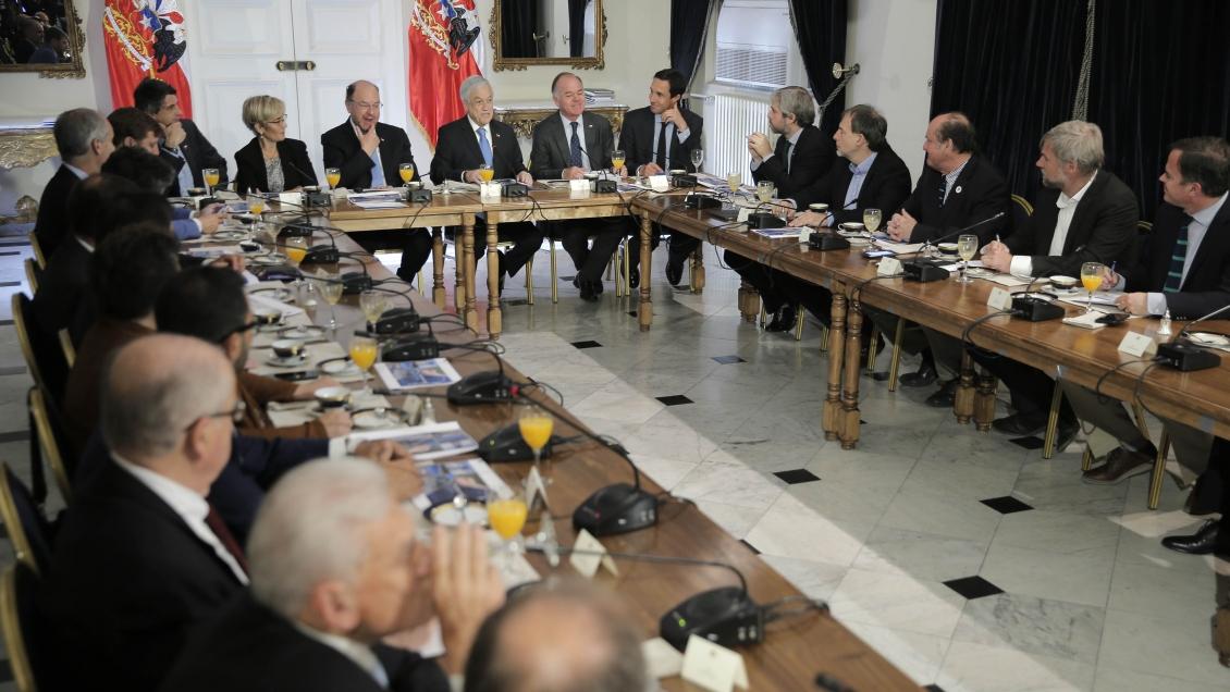 Piñera presentó mesa transversal para enfrentar la sequía