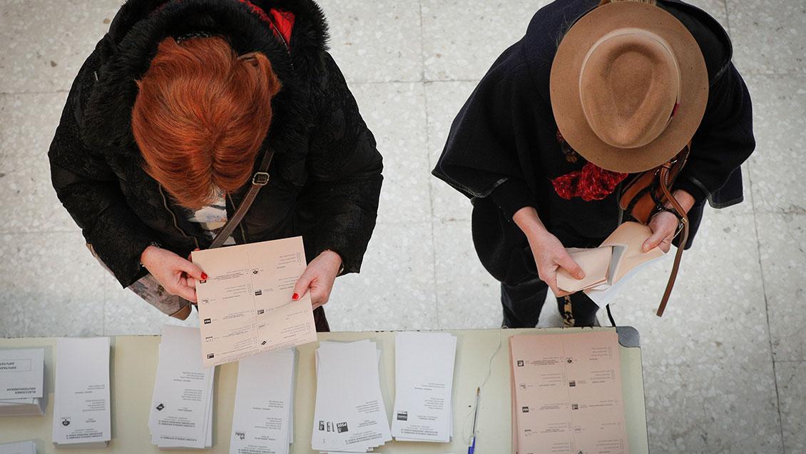 España vota este domingo en elecciones generales, las segundas en un año