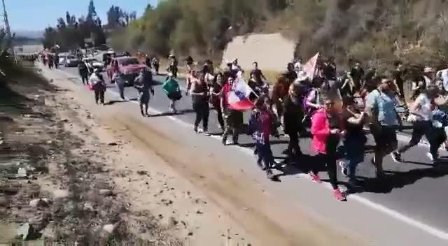 De Vicuña a La Serena: Manifestantes encabezan caravana por la Región de Coquimbo - Cooperativa.cl