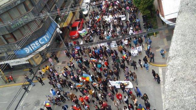 Puerto Montt marchó para conmemorar crimen de Camilo Catrillanca - Cooperativa.cl