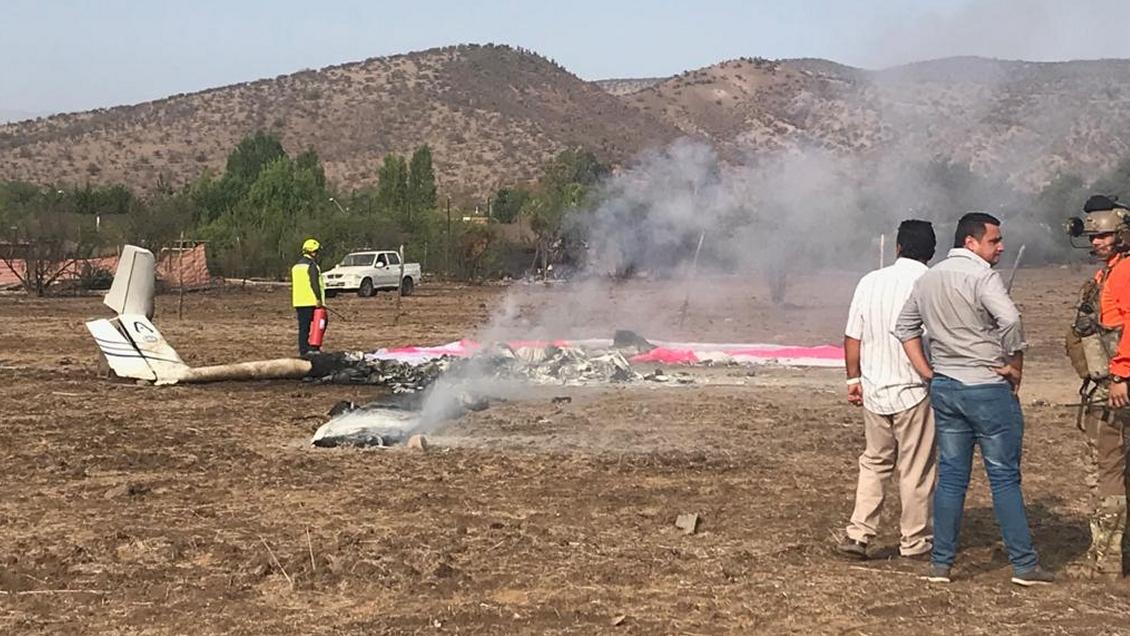 Accidente de avioneta deja dos muertos en Colina