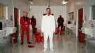 "J Balvin se transforma en fantasma para su video ""Rojo"""