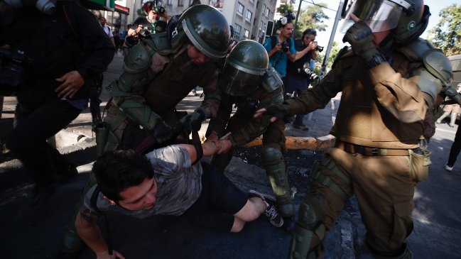 Human Rights Watch: Hay un problema de liderazgo al interior de Carabineros