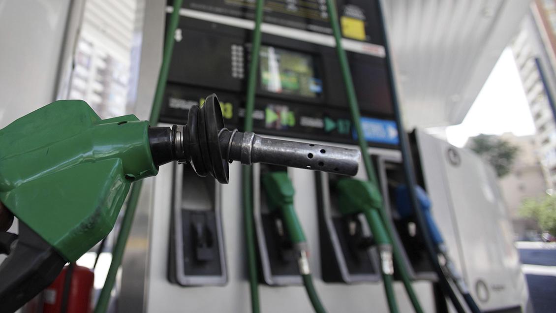 Las bencinas bajan sus precios por quinta semana consecutiva