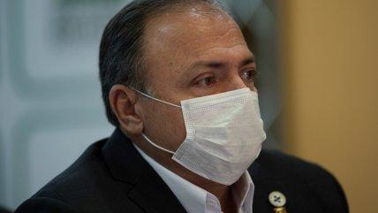 Un militar sin experiencia asumió como ministro interino de Salud en Brasil