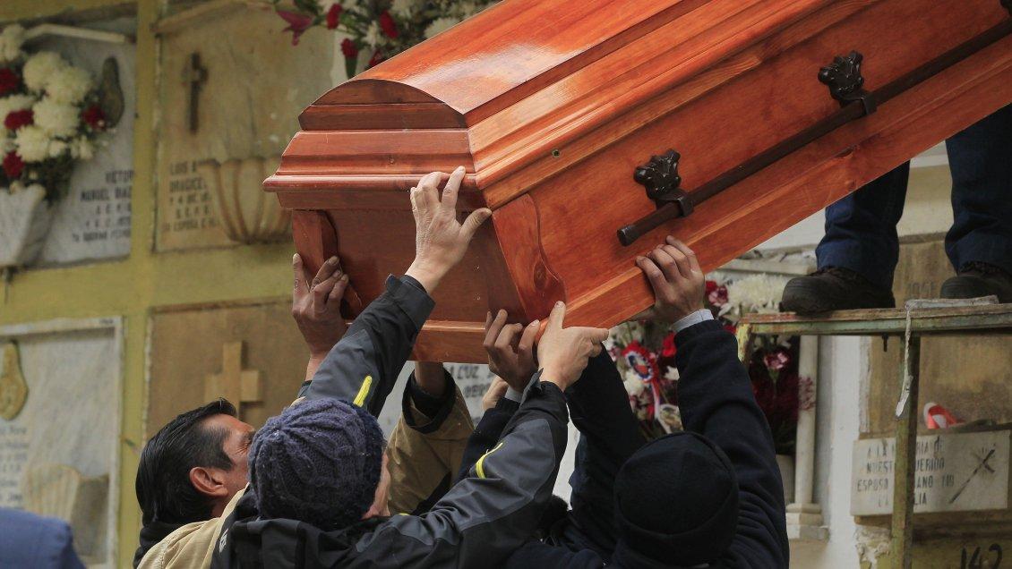 Hospital de Antofagasta entregó cuerpo equivocado de fallecida por Covid-19 a familia