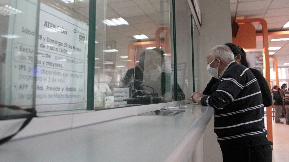 Retiro de rentas vitalicias: Aseguradoras evalúan acudir al TC y a instancias internacionales