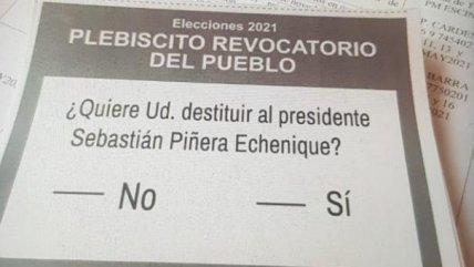 """Detienen a hombre que repartía """"quinta papeleta"""" al interior de local de  votación en Cartagena - Cooperativa.cl"""
