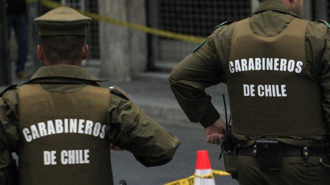 Diez detenidos en gimnasio que funcionaba en Las Condes pese a cuarentena