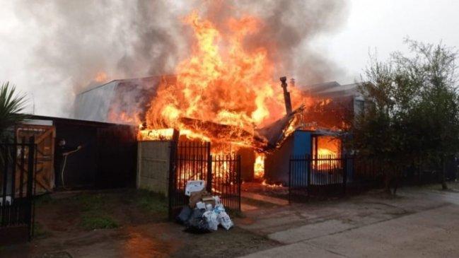Municipio de Los Ángeles reacciona ante ola de incendios por recalentamiento de estufas