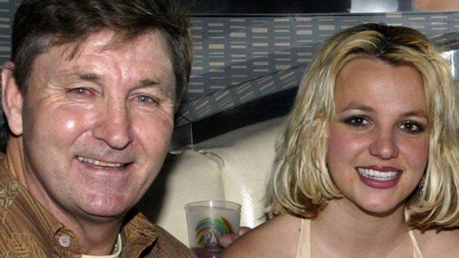 Padre de Britney Spears monitoreaba todo lo que su hija hacía en su teléfono